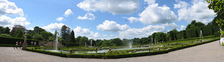 BlenheimFountains_s.jpg